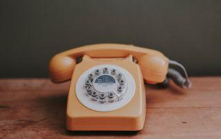 Rotary style telephone photo credit Annie Spratt