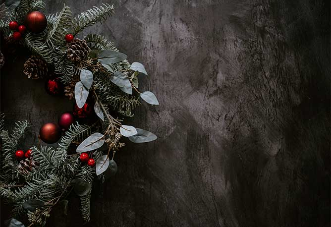 Christmas wreath - Photo credit Annie Spratt